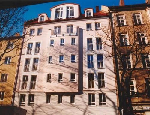 Neubau eines Wohn- und Geschäftshauses (12 WE und 2 GE) mit Tiefgarage